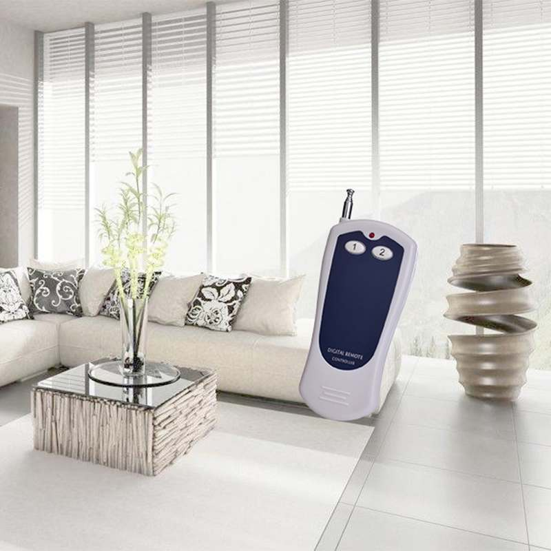 Long distance universal wireless remote control can control the automatic door.